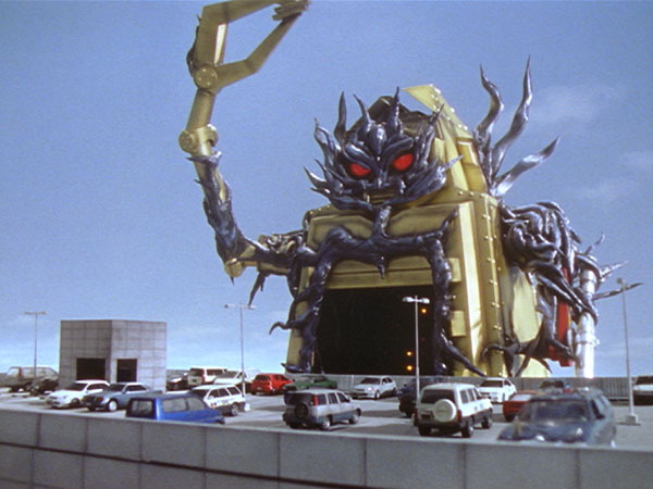 ultraman_cosmos_031-mov-01_08_25_09-still002