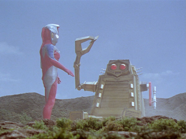 ultraman_cosmos_044-mov-01_20_38_12-still001