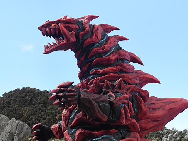 火炎骨獣グルジオボーン
